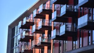 Tom York on Business: Apartment Rents Start to Climb as COVID-19 Pandemic Eases