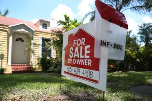As housing boom begins to fizzle, weekly mortgage demand falls